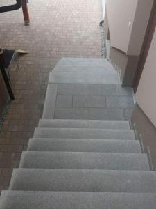 granitne stopnice150