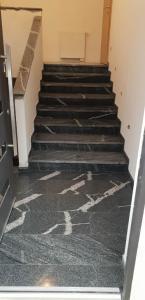 granitne stopnice152