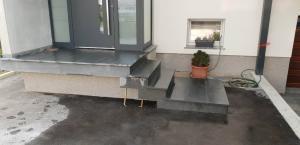 granitne stopnice153
