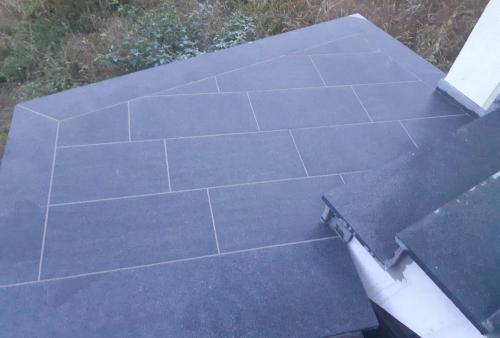Granitne talne obloge 121