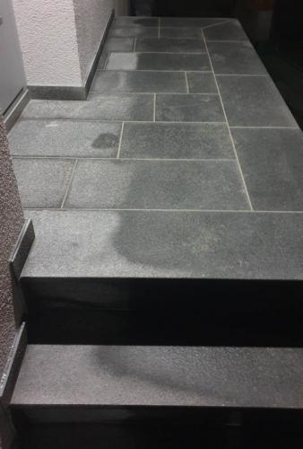 Granitne talne obloge 141
