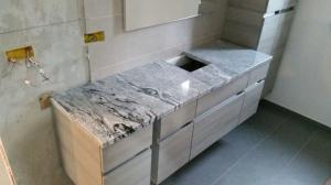 Granitni pult 23